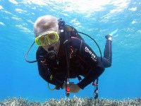 Learn to dive with PADI diving courses for beginners on Crete